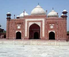 Package Tour To Vrindavan